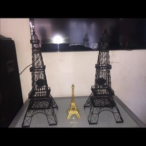 Eiffel Tower Collectibles